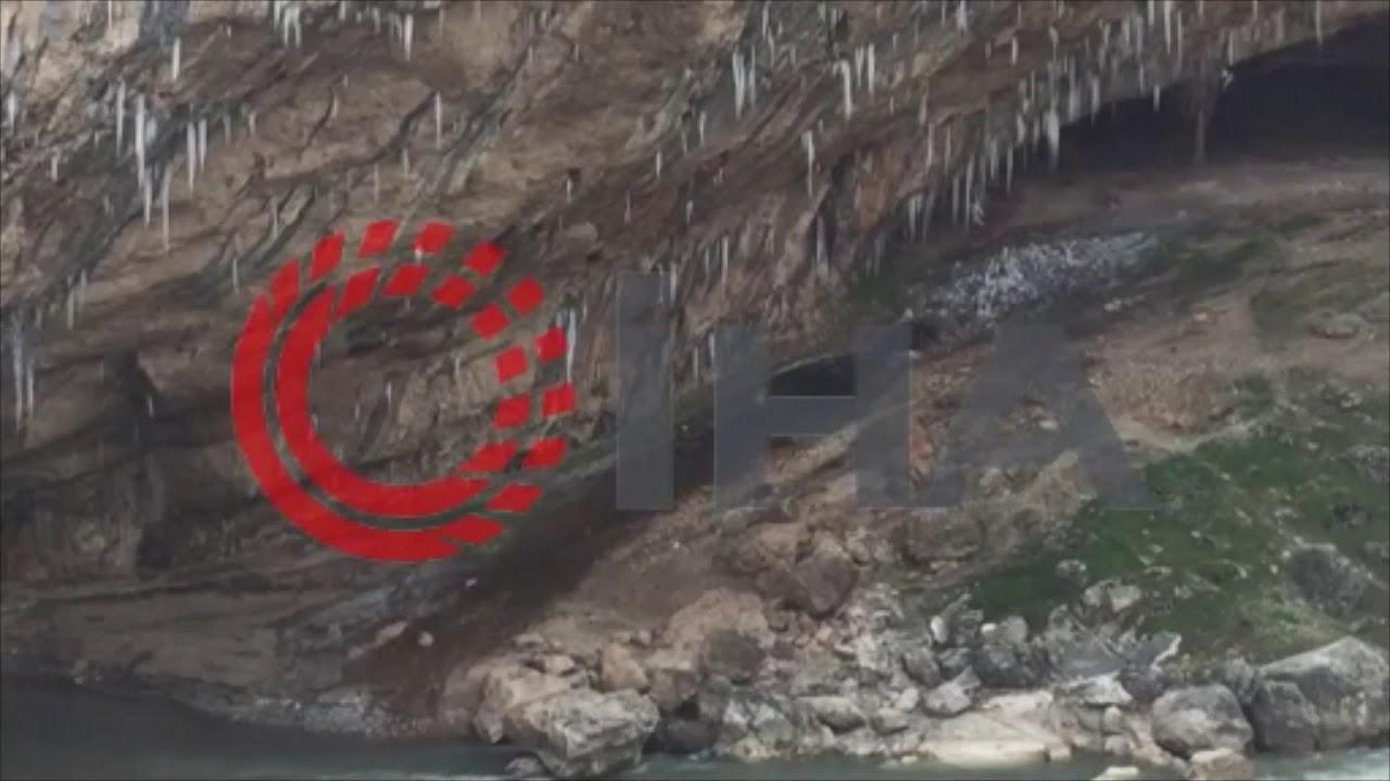 Buz tutan Cendere Kanyonunda sarkıtları oluştu