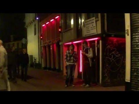 Amsterdam S Red Light District Sint Annendwarsstraat