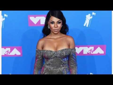 ASHANTI AT THE MTV MUSIC VIDEO AWARDS
