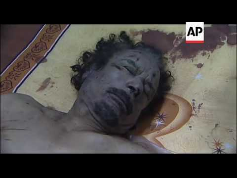 Libyans line up to view body of Gadhafi
