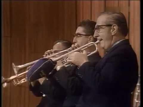 Leonard Bernstein - Mozart Schlittenfahrt (Sleigh Ride) 1967