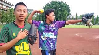 Teknik Dasar Melempar Bola Sofball