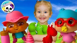 Erika Pretend Play buscando bebés con canciones para niños Nursery Rhymes Kids Song   Toys and Erika