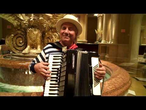 Gora Singing Indian Songs Vegas.AVI