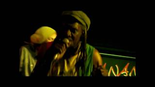 Linval Thompson - Cool Down Your Temper (Live) - Hootananny, Brixton 15th July 2010