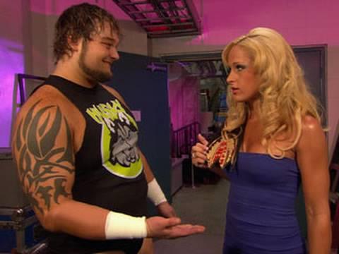 WWE NXT: Husky Harris approaches Michelle McCool
