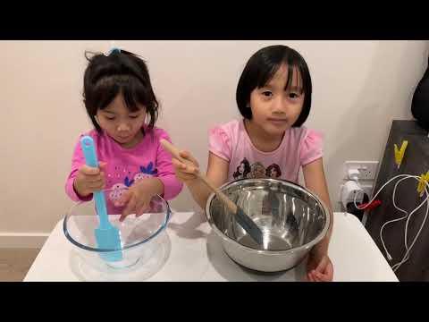 Baking Heathy Cookies with Aiya and Aya