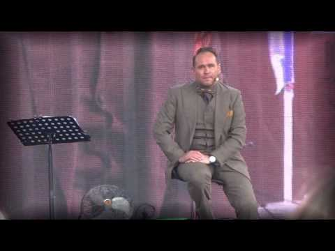 """Актерское чтение стихотворения Роберта Рождественского """"Я в глазах твоих утону, можно?""""из YouTube · Длительность: 1 мин18 с"""