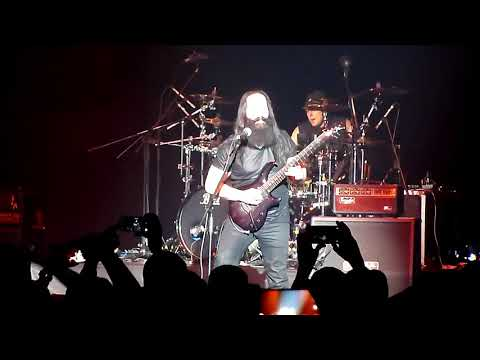 G3 - John Petrucci - Wrath of the Amazons/Jaws of Life (Crocus City Hall, Moscow, 16.03.2018)