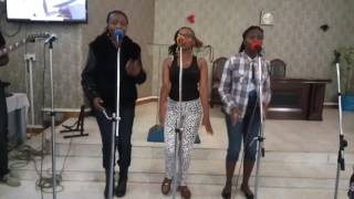Thika Youth Band - Huyu Yesu (Mercy Masika & Angel Bernard) Practice session.