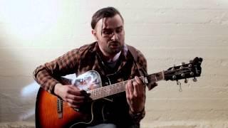 Sam Knoop - Niets Lijkt Te Gebeuren (ft. Baddi Hall)