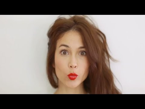 Paula Taylor - Red Lips Tips