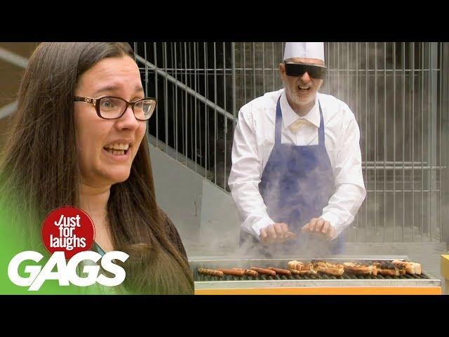 Слепой получает ожог, пытаясь приготовить хот-доги