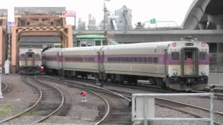 HD-MBTA and Amtrak Trains at Boston