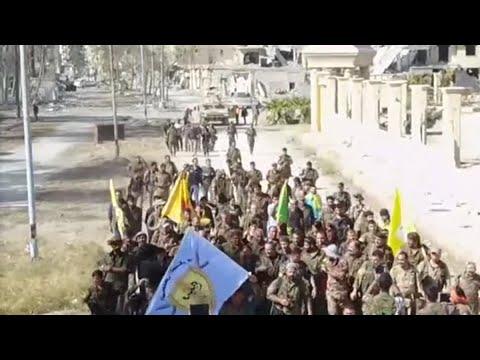 أخبار عربية | 400 مقاتل لـ #داعش إستسلموا خلال شهر في #الرقة  - نشر قبل 2 ساعة