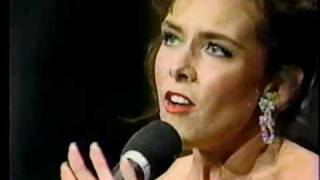 Leanza Cornett-With One More Look At You.avi