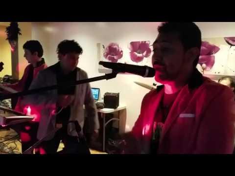 Luis y su grupo Reflejo Musical en Palatine