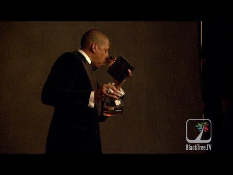 Jay-Z Grabs 3 GRAMMYs Drinks D'usse VSOP #GRAMMYs