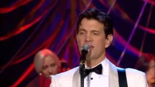 Michael Buble & Chris Isaak - The Christmas song (Chestnuts roasting on an open fire)