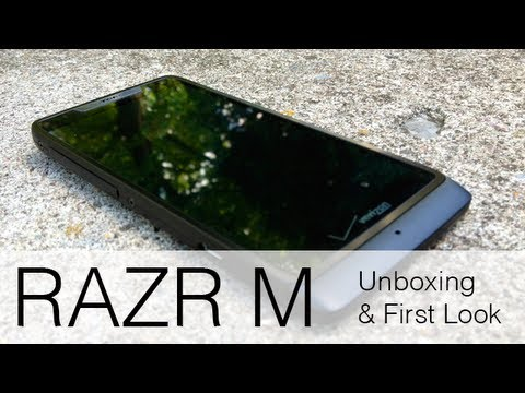 Droid RAZR M Unboxing and First Look