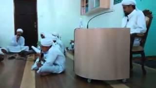 Qasidah oleh Maahad al Qadi Iyad