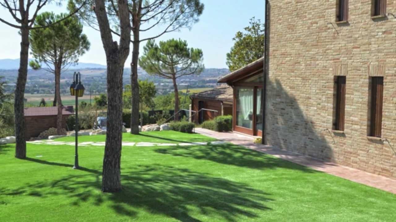 Erba sintetica per giardini pratosempreverde promo 2013 youtube - Erba artificiale per giardini ...