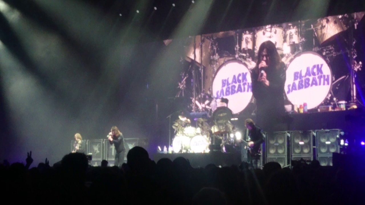 black sabbath 04 02 2017 birmingham under the sun the very end youtube. Black Bedroom Furniture Sets. Home Design Ideas