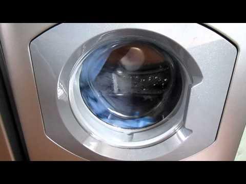 Hotpoint WML540G - Denim on Synthetics 30° (Final Short Spin - 500rpm Burst)