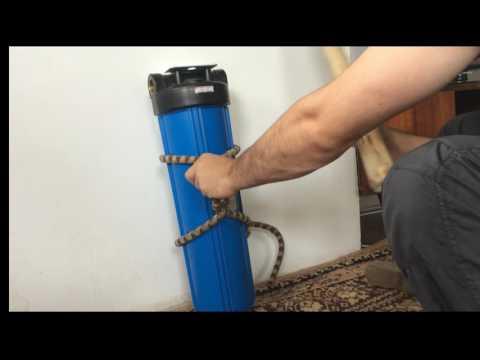 Как открутить магистральный фильтр для воды