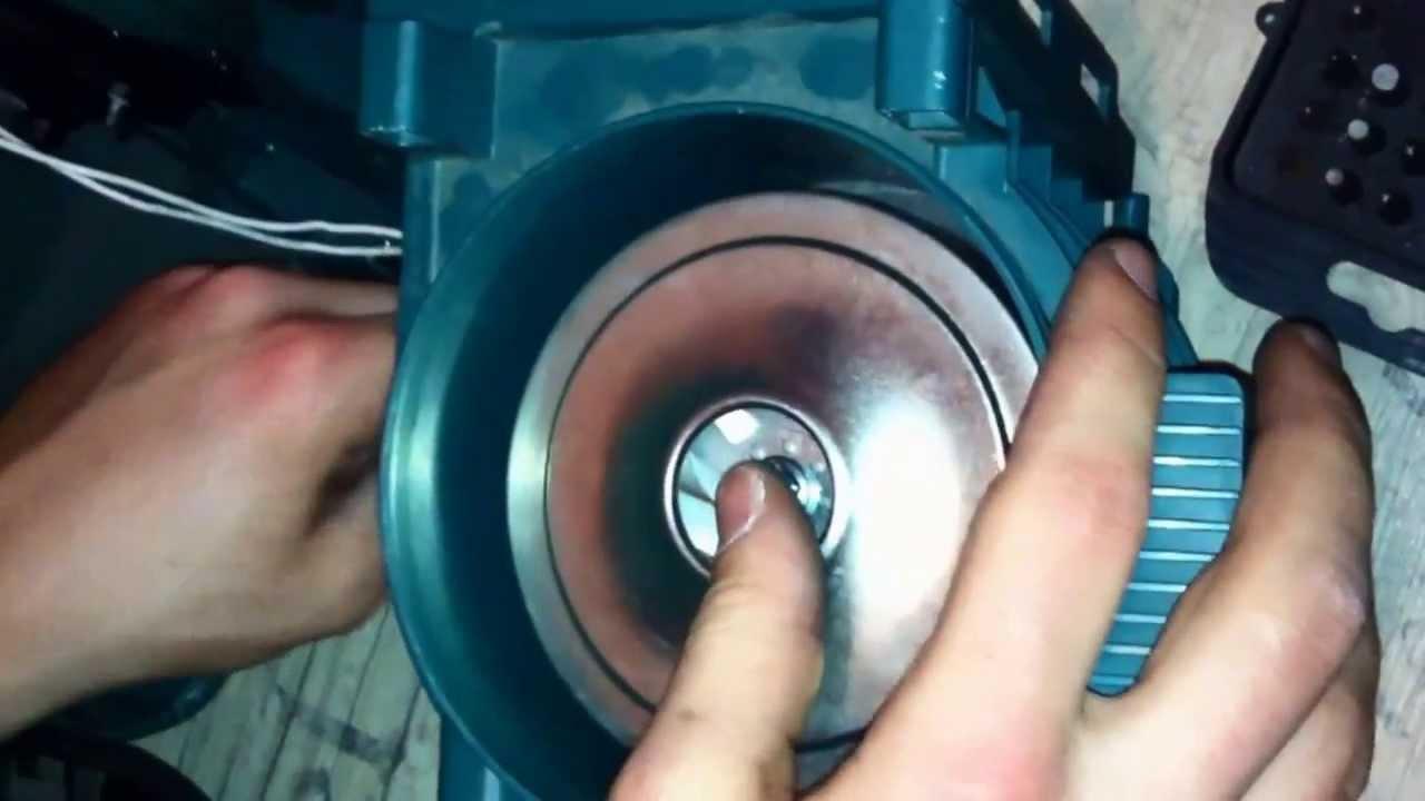 Vorwerk Tiger 260 motor wechsel - YouTube