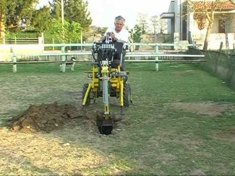 Posts as well Mini Micro Escavatore Trivella By Baliani Rufino Tel 39 0742 23622 WXNKc2dHMFJyQjg also Yt 6IMOnRYoIpE also Used Mini Excavator AIRMAN AX 08 111537841 also 404. on kobelco mini excavator ss