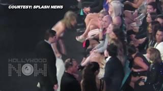 (VIDEO) Taylor Swift HUGS Jennifer Lopez   Billboard Music Awards 2015
