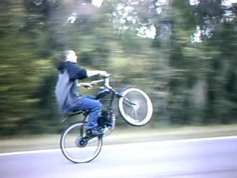 Longest Motorized bicycle wheelie