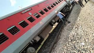 Accident Jammu Tawi Express ka(1)