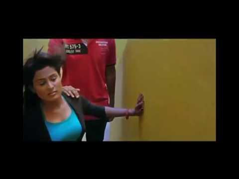 Hot Indian Actress Big Boobs Pressing 😜😜 thumbnail