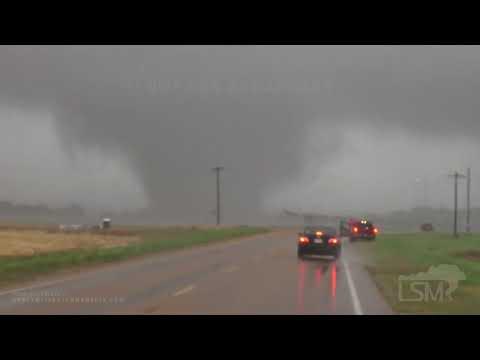 05-02-2021 Yazoo City, MS Close Range Damaging Tornadoes