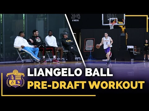Lonzo Ball Watches Brother LiAngelo Ball's Lakers Pre-Draft Workout