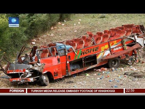 At Least 50 People Die In Kenya Bus Crash 10/10/18 Pt.4  News@10 