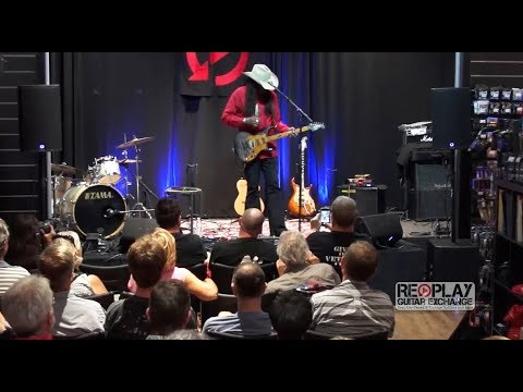 Larry Mitchell Masterclass at Replay Guitar Exchange