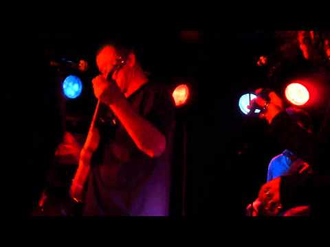 Francis Dunnery- Riding on the Back (Live @ King Tut's, Glasgow 24th Oct 2010)