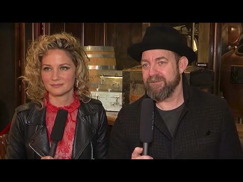 How Sugarland discussed their reunion with their kids