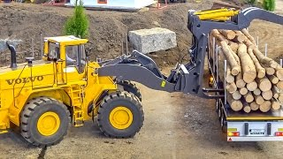 RC MONSTER! Huge Volvo wheel loader in GIANT 1/8 scale works hard!