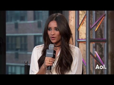 "Shay Mitchell on PLL, Bliss and Kohl's ""Fit to Wander"" 