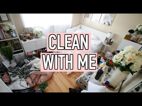 Clean With Me 2019 | Bedroom Speed Cleaning