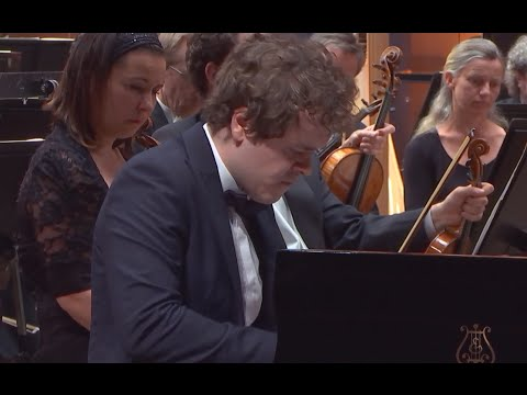 Benjamin Grosvenor: Grieg Piano Concerto in A minor, Op. 16