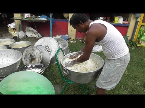 Thumbnail: Street Food India | RUMALI ROTI Making for 300 People | Indian Food at Marriage Ceremony 2017