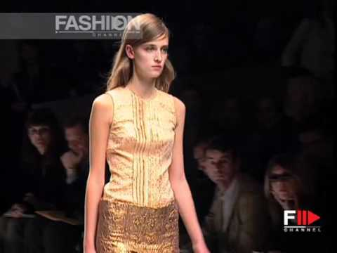 """Prada"" Spring Summer 2002 Milan 3 of 3 pret a porter women by FashionChannel"