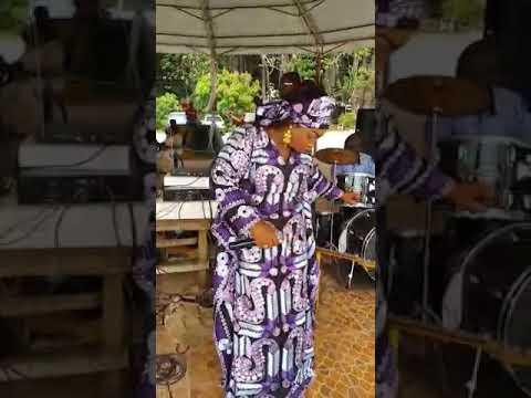 Aminata Kamissoko Souhaite joyeux Aniversaire à Fatoumata Binta Barry Dabola