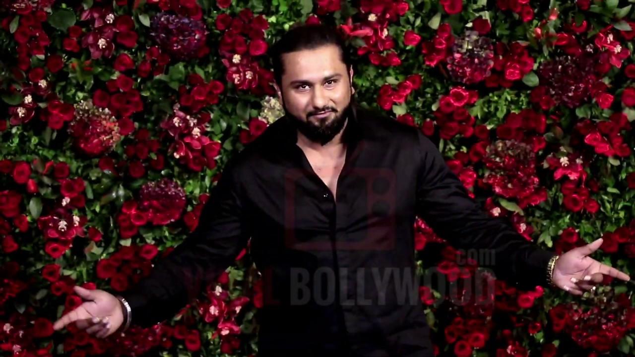 Yo Yo Honey Singh GRAND Entry At Ranveer - Deepika Reception Party #DeepVeer