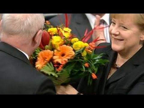 Меркель: Германия поможет Турции и Армении осмыслить события вековой давности